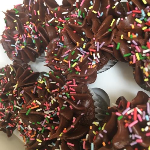 bc chocolate sprinkles cupcakes