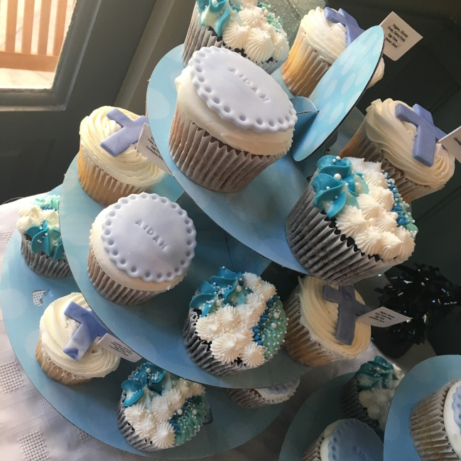 bc christening blue cupcakes 2