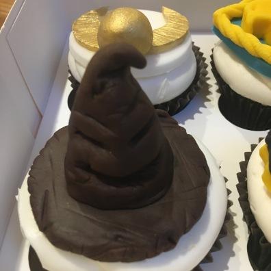 hogwarts harry potter sorting hat cupcake topper
