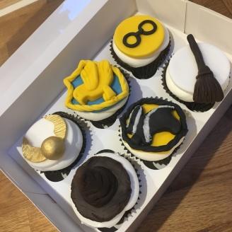 hogwarts mixed cupcakes 2